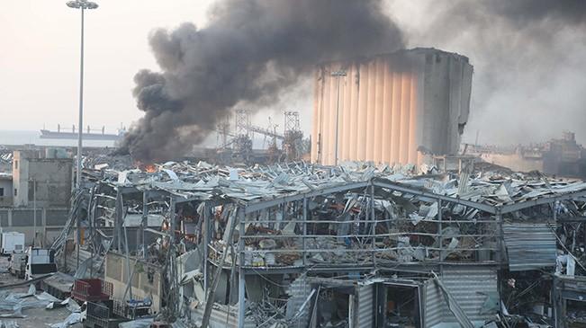 黎巴嫩首都港口区发生爆炸