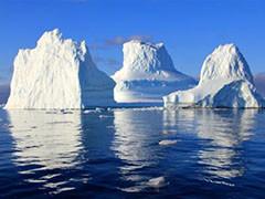 世界曾经的最大冰山分解消融