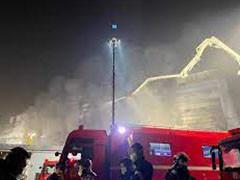 上海金山区一厂房发生火灾