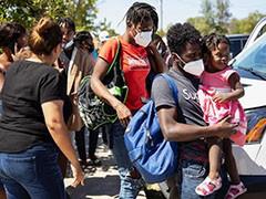 太子港爆发示威游行 抗议美国不公正对待海地移民